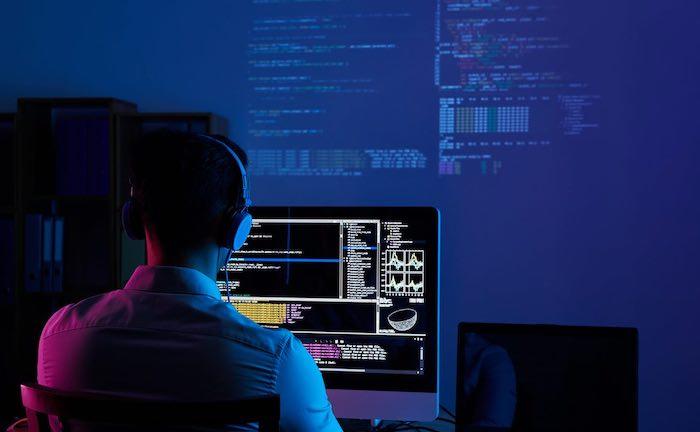 Warum Sie Firmenkunden jetzt auf Cyber-Risiken ansprechen sollten