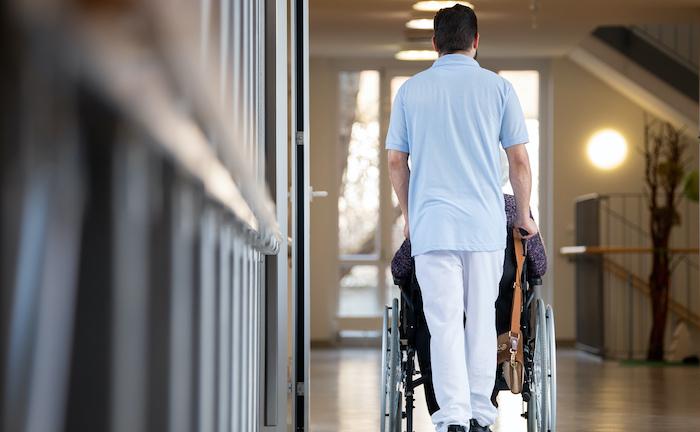Diese privaten Pflegeversicherer überzeugen mit ihrem Service