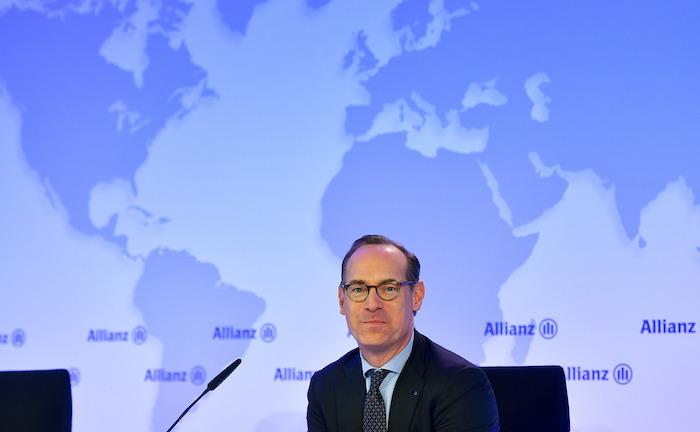 Allianz legt Deutschland-Holding still