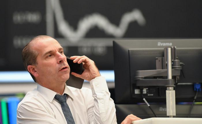 Deutsche Anleger verschenken über 100 Milliarden Euro Rendite